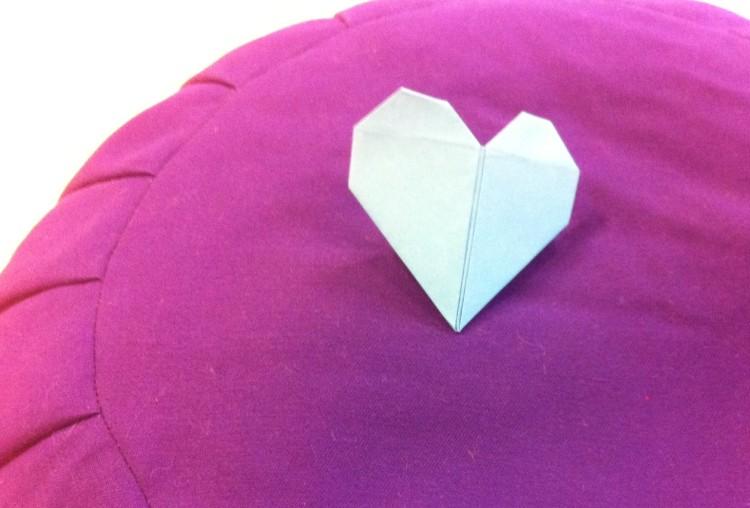 Origami yoga Charlotte pleine conscience